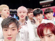 Meu bias é o Jooheon. E o Seu?? Quem é seu bias no MONSTA X?