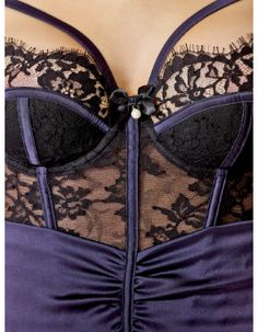 Carrie Padded Basque | Myla