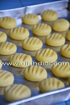 ... Kitchen: Cookies Vanilla Tepung Kentang..Lembut dan lumer di Mulut