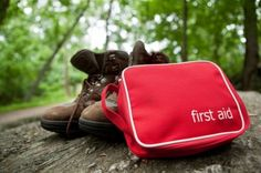 First aid kit on a hike. A first aid kit in the woods with hiking boots , Hiking First Aid Kit, Survival First Aid Kit, First Aid Tips, Basic First Aid, Survival Prepping, Survival Gear, Survival Skills, Disaster Preparedness, Outdoor Survival