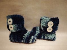 Newborn Baby 0-3 mo. Crochet Wrap Boots Button Booties Handmade Winter