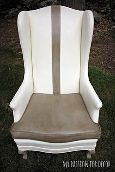 Painting a vinyl chair with Old White and French Linen Chalk Paint® decorative paint by Annie Sloan | By My Passion For Decor: A Much Needed Update For An Old Vinyl Chair