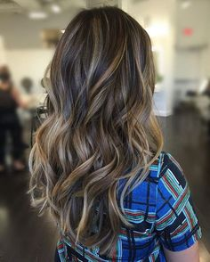 Dimensional ✨ Balayage Color: @colorbymichael Style: @glad_styleshair