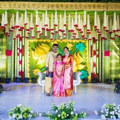 Wedding Hall Decorations, Marriage Decoration, Flower Decorations, Indian Wedding Stage, Wedding Stage Design, Flower Garland Wedding, Background Decoration, Wedding Mandap, Half Saree