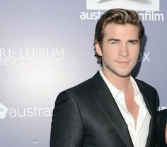 Australian actor Liam Hemsworth is being eyed for Roland Emmerich's much anticipated sequel Independence Day 2: ID Forever. Hemsworth joins Bill Pullman and Jeff Goldblum on the cast, who are set to reprise their roles as former President Thomas J. Whitmore and computer scientist David Levinson.   Congrats, Liam! Read More: http://australiansinfilm.org/latest_news/3213416