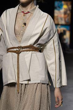 Couture Fashion, Paris Fashion, Runway Fashion, Womens Fashion, Fashion Show Dresses, Fashion Outfits, Diy Vetement, Fashion Details, Fashion Design