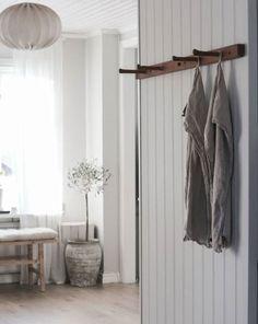 Modern Swedish Country Style – The Global Villa Swedish Cottage, Beach House Interior Design, Swedish Style, Decor, French Country Style, Home, Scandinavian Style Home, Swedish Interiors, Scandinavian Cottage
