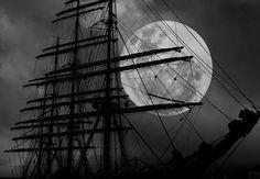 <3 Ships