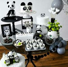 Panda Themed Party, Panda Party, Panda Birthday Cake, Baby Birthday, Party Set, Baby Party, Birthday Party Decorations, Party Themes, Decoration Party