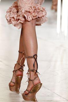 Alexander McQueen #France #Fashion #Paris #Style
