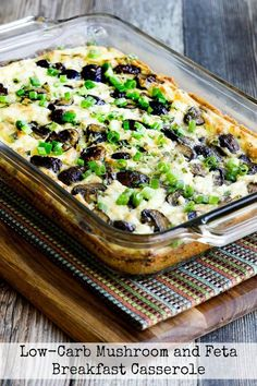Low-Carb Mushroom Feta Breakfast Casserole is a delicious breakfast casserole that also happens to be good for you. In this healthy breakfast recipe you'll find plenty of mushrooms, feta cheese, and green onions. Keto Breakfast Smoothie, Vegetarian Breakfast, Low Carb Breakfast, Breakfast Juice, Breakfast Bites, Health Breakfast, Gluten Free Breakfast Casserole, Casserole Recipes, Keto Casserole