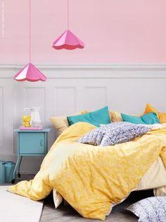 49 Brilliant Fresh Summer Bedroom Designs: 49 Brilliant Fresh Summer Bedroom Designs With White Pink Yellow Blue Wall Bed Pillow Blanket Nightstand Chandelier Carpet And Hardwood Floor