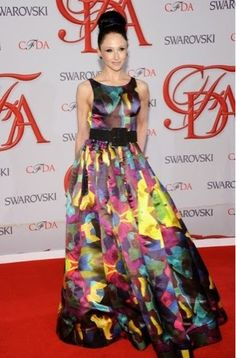 Stacey Bendet Photos - Designer Stacey Bendet attends the 2012 CFDA Fashion Awards at Alice Tully Hall on June 2012 in New York City. Quirky Fashion, Love Fashion, Fashion Beauty, Fashion 101, Fashion Ideas, Swarovski, Cfda Awards, Formal Looks, Red Carpet Fashion
