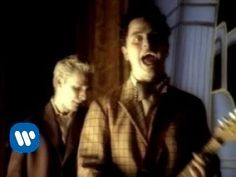Green Day - Hitchin' A Ride (Video) - YouTube