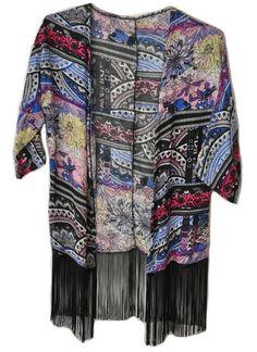 Kimono Boho com franjas! #kimono #musthave #girlstyle #modafeminina #fashion #boho #franjas