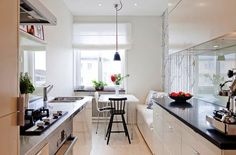 Дизайн узкой кухни: 88 фото лучших идей сочетания в интерьере кухни