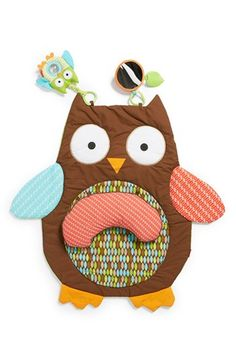 I just love the fact that the owls trend plays a major role in everything that has to do with babies...