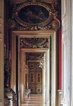 Historic Houses of Paris:Residences of the Ambassadors