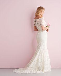 Allure Bridals: Style: 2700, in store Spring 2014, Sample size 10.-Bridal Boutique, Saint Joseph, Missouri 816-233-6946