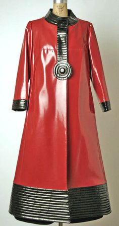 Pierre Cardin in 1970, this coat used a unusual material in that time, that used plastic material that using very common nowadays.