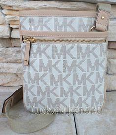 MICHAEL KORS Jet Set Vanilla Signature MK Crossbody  Handbag PVC Bag NWT #MichaelKors #MessengerCrossBody