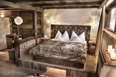Saalbach Hinterglemm - Hotel Alpin Juwel - Almsuite Rustic Houses Exterior, Dream House Exterior, Dream House Plans, Rustic Country Homes, Modern Rustic Homes, Bedroom Apartment, Home Bedroom, Bedroom Decor, Chalet Modern
