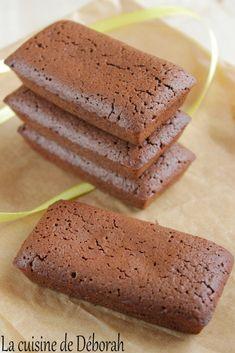 Financiers au chocolat - Gisella P. Financier Cake, Financier Recipe, Sweet Recipes, Cake Recipes, Snack Recipes, Dessert Recipes, No Cook Desserts, Mini Desserts, French Cake