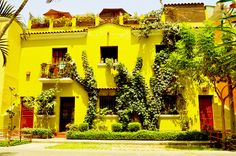 CASA NUESTRA PERU - Your Accommodation in Barranco , Lima, Guesthouse en Miraflores