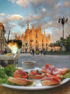 Ora dell'aperitivo di Bordac Sig Valenge #milanodavedere Milano da Vedere