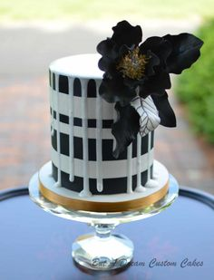 Bold Drip Cake - Cake by Elisabeth Palatiello Crazy Cakes, Fancy Cakes, Gorgeous Cakes, Pretty Cakes, Amazing Cakes, Black And White Wedding Cake, White Wedding Cakes, Black White, Cupcakes