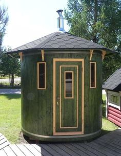 Gartensauna, Sauna, Fass-Sauna Vertikal Transformers, Japanese Spa, Tiny Farm, Outdoor Sauna, Playhouse Outdoor, Play Houses, Gazebo, Outdoor Living, Cottage