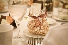 wedding favors: homemade caramel corn