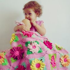 Crocheting: Granny Square Blankie 3D Flower Gerbera I love this pattern'
