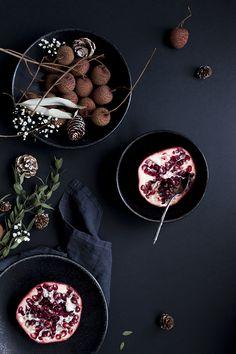 My little fabric's Pomegranate Seed & Vanilla Bean Pavlova