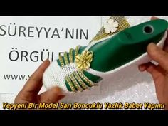 Yepyeni Bir Model Sarı Boncuklu Yazlık Babet Yapımı - YouTube Crochet Socks Pattern, Shoe Pattern, Crochet Shoes, Crochet Slippers, Knit Crochet, Crochet Patterns, Crochet Videos, Knitting Stitches, Youtube
