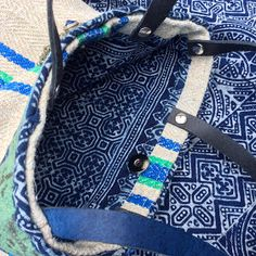 "Boho bag - grainsack bag - tote bag - handbag - festival bag - shoulder bag met een ""tribal touch"". De basis voor deze volledig handgemaak..."