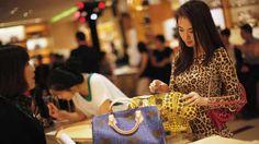 Ipotnews – Untuk pertama kalinya nilai total kekayaan miliarder Asia melampaui jumlah kekayaan miliarder Amerika Utara, dengan total kekayaan sebesar USD17,4 triliun, atau nai ....