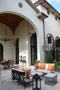 Spanish style homes – Mediterranean Home Decor Tuscan Style Homes, Spanish Style Homes, Spanish House, Spanish Colonial, Mediterranean Architecture, Mediterranean Home Decor, Outdoor Rooms, Outdoor Living, Outdoor Decor