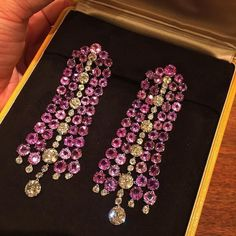 @fd_gallery . #diamond#الماس#elmas #jewelry#highfashion#pink#earring#purple