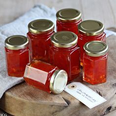 Chilimarmelade - ENEstående Mat Flavored Butter, Flavored Oils, Nut Butter, Jelly Recipes, Jam Recipes, Cooking Recipes, A Food, Food And Drink, Chili