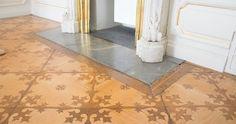 Referenzen - ANTIQUE PARQUET - Restauriertes und antikes Parquett ist unsere Leidenschaft Tile Floor, Flooring, Rugs, Antiques, Crafts, Home Decor, Restore, Passion, Farmhouse Rugs