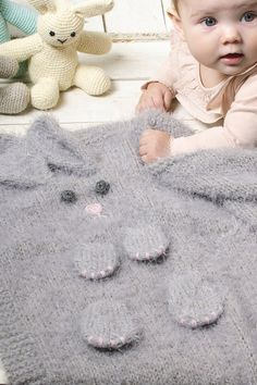 Neulottu pupupeitto Knitting For Kids, Shag Rug, Kids Rugs, Quilts, Afghans, Threading, Decorations, Shaggy Rug, Comforters