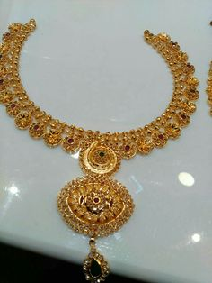 Beautiful gold necklace..bridal jewellery
