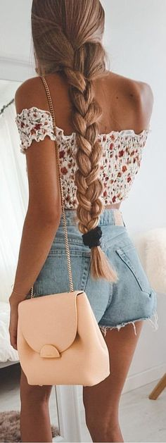 27 Cute And Trendy Outfits Ideas For Teens 2019 - Page 2 of Summer Outfits, 27 Cute And Trendy Outfits Ideas For Teens 2019 - Page 2 of 3 - Stylish Bunny. Women's Summer Fashion, Look Fashion, Trendy Fashion, Womens Fashion, Fashion Trends, Ladies Fashion, Feminine Fashion, Trendy Style, 90s Fashion
