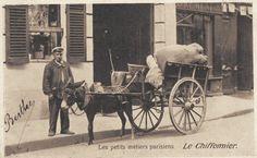 http://www.parisrues.com/imagesold/001petitsmetiers025.jpg - Le chiffonnier... (vieille carte postale, vers 1900)