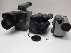 SHARP    VL-C51 SONY  CCD-TR705  ※外観(上部)にベタつき。 SONY  CCD-TR1