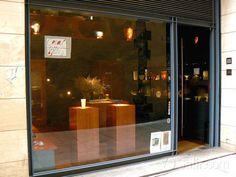 """Botiga """"Coral Bells Oficis"""". Objectes maquissims. C/ Pes de la Palla, 15.  Barcelona. Nice Gifts shop."""