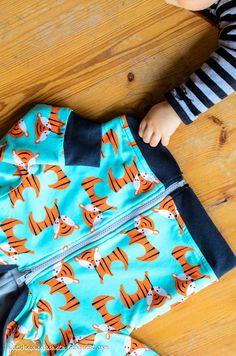 A hoodie for a toddler // http://ajatuksiasaksasta.blogspot.com