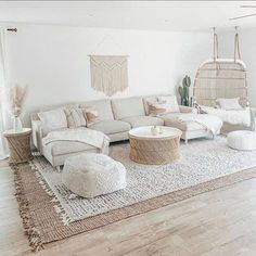 Living Room Inspiration, Home Decor Inspiration, Boho Living Room, Living Room Decor, House Rooms, Apartment Living, Apartment Layout, Apartment Ideas, Living Room Designs