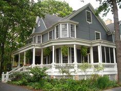 I LOVE wrap around porches!